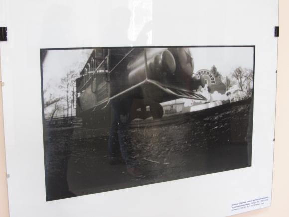 Вінничанам показали виставку фотографій, зроблених із саморобних фотоапаратів - фото 1