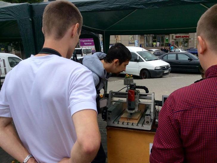 """У центрі Хмельницького триває Всеукраїнський """"Hi-tech picnic"""" - фото 6"""