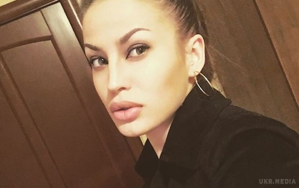 Як виглядають двійники 40-річної Анджеліни Джолі - фото 4