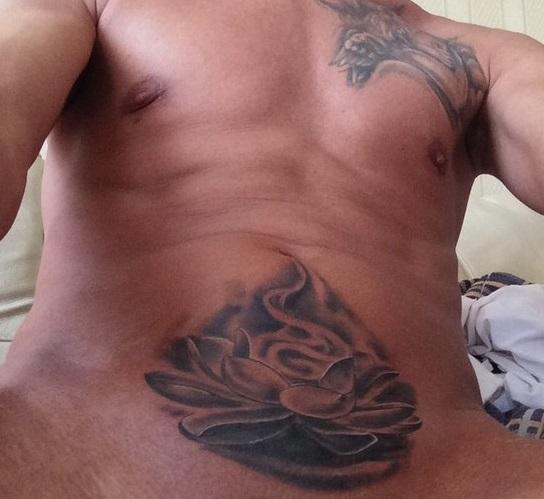 Олексій Панін похвалився новим татуюванням на інтимному місці (18+ ФОТО) - фото 1