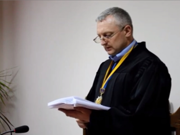 Сьогодні відбулося перше судове засідання у справі кам'янецького маньяка - фото 1