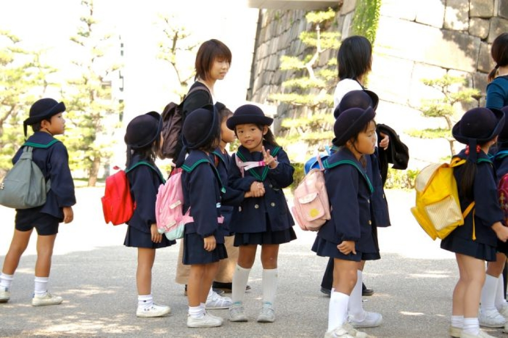День знань: у всьому світі свято для дітей, а в нас – як на Росії - фото 15