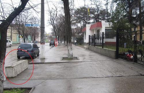 Хроніки окупації Криму: росіяни пішли на штурм, журналістам ламають ребра - фото 4