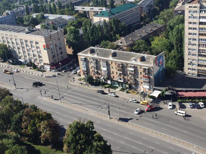 У центрі Києва СБУ провела навчання: перекрили дорогу, стріляли - фото 3