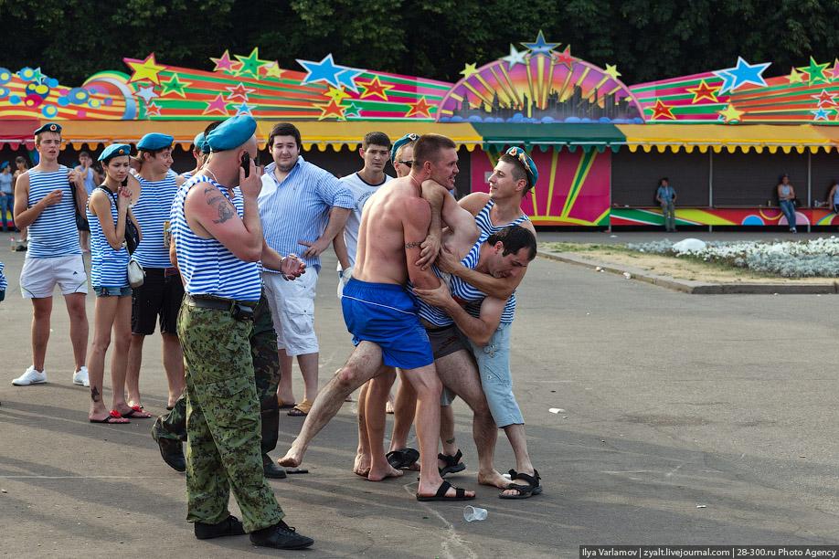 День ВДВ: чим російські десантники невигідно відрізняються від українських  - фото 10