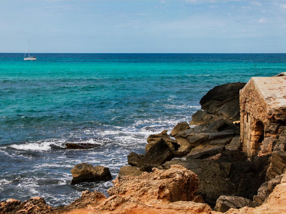 ТОП-11 кращих пляжів Європи для літнього відпочинку - фото 1