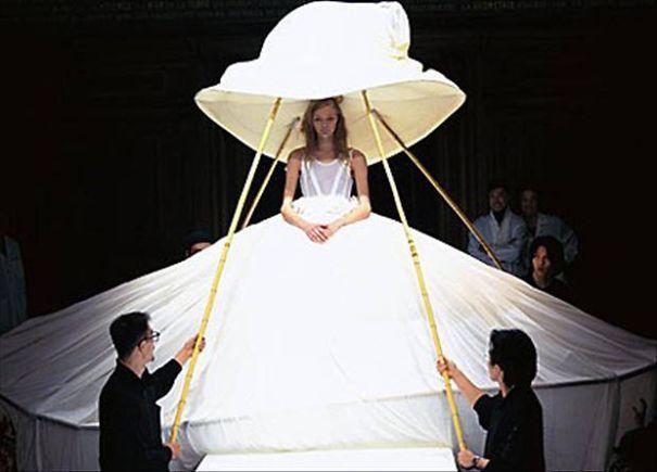 ТОП-10 найдивніших весільних суконь - фото 7