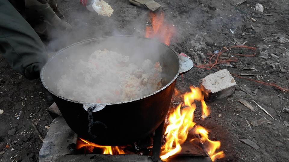 Майовка на війні: Як виглядають пікніки бійців АТО - фото 4