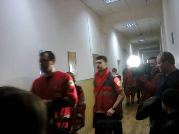 До Шевцова в суд викликали медиків - фото 1