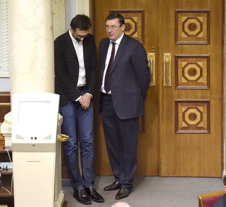 Welcome back, baby та як нардеп Лещенко не здав гроші на новорічний корпоратив - фото 3