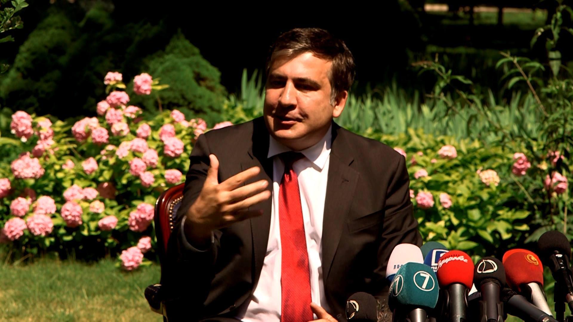 Саакашвілі домовився з послом США про зарплату своїм підлеглим (ФОТО) - фото 2