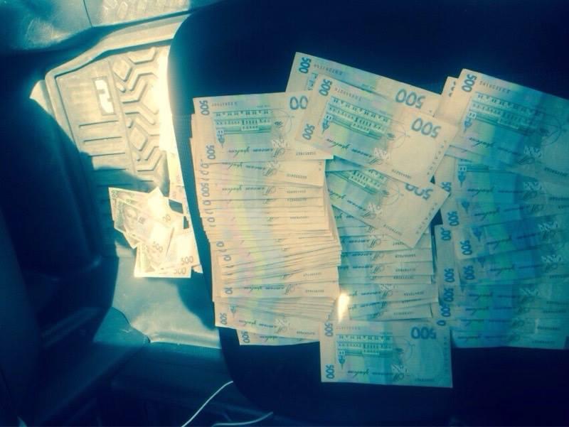 Затримали заступника служби Головного управління юстиції у Києві - фото 2