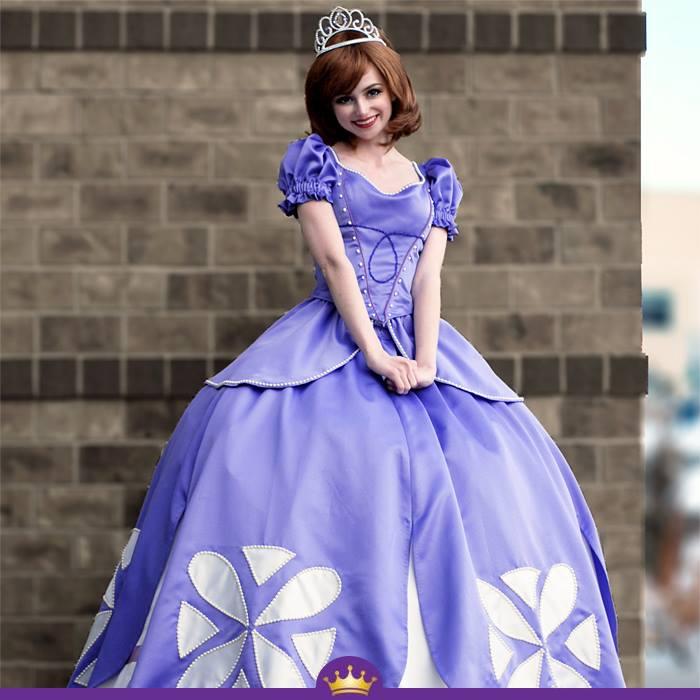 Як дівчина з величезними очима перетворюється на принцес Діснея - фото 6