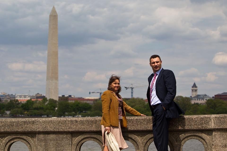 Як Кличко у Вашингтоні прогулювався парком з Вікторією Нуланд (ФОТО) - фото 1