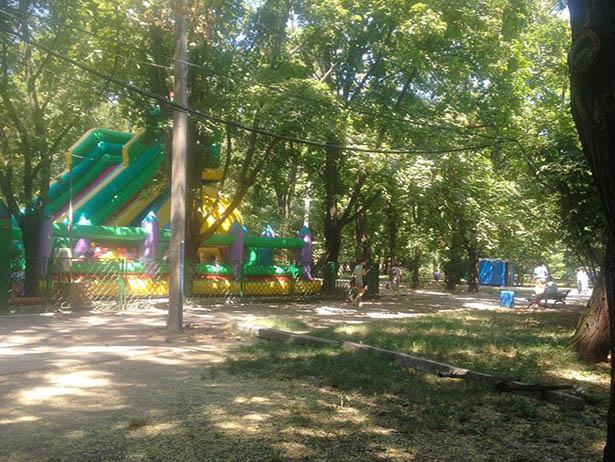 Як соратник сім'ї Вілкула Сурен Сардарян знищує одеський парк ім. М. Горького - фото 3