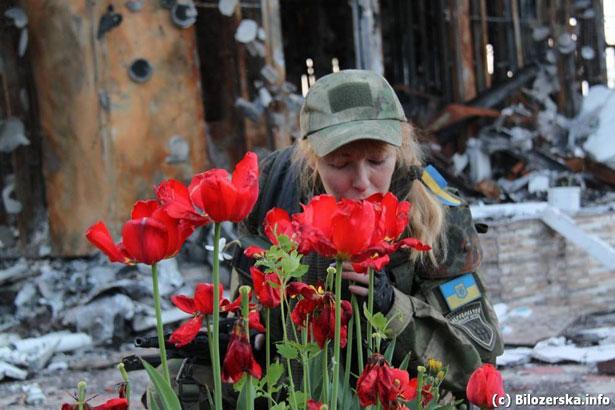 Душевні фото. Жінки на війні (ФОТО) - фото 2