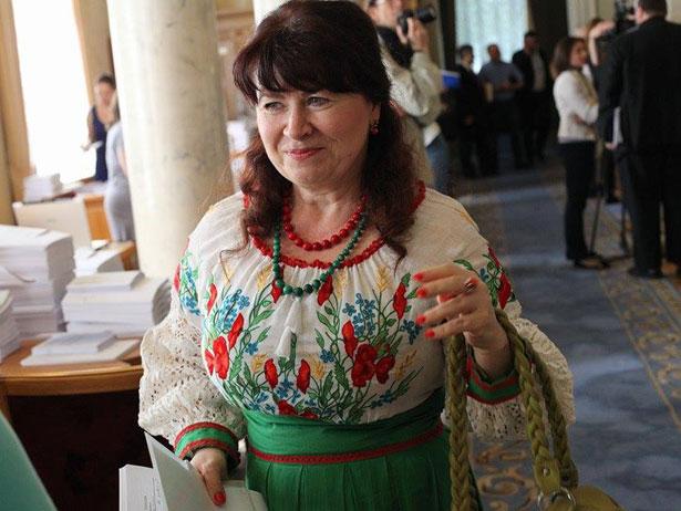 Як депутати святкували День вишиванки (ФОТО) - фото 23