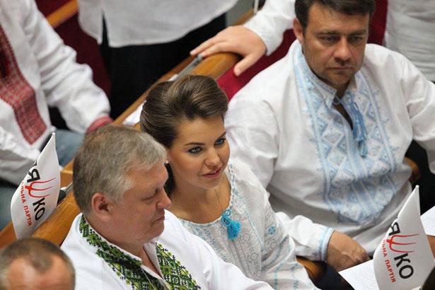 Як депутати святкували День вишиванки (ФОТО) - фото 15