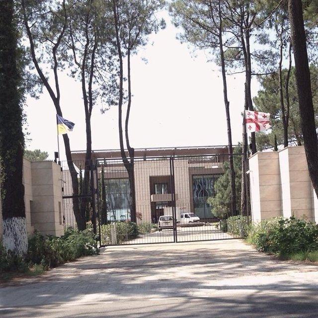Черновецький вирішив стати мером Батумі - фото 1
