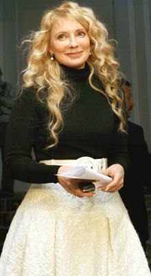 Юлія Тимошенко хвилясте волосся