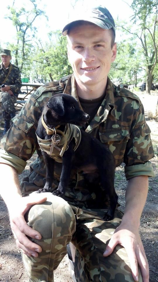 Чим займаються на Донбасі найкращі друзі бійців АТО - 6 - фото 1