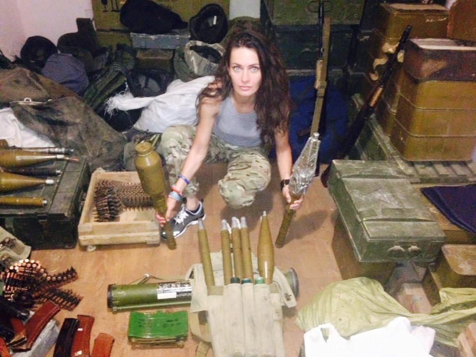 Краса рятує Україну: ТОП-10 красунь-бійців АТО - фото 8