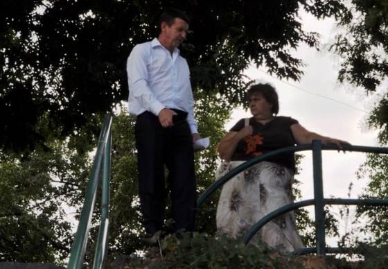 Гречка, газета, подвірний обхід - в Ужгороді активізувалися потенційні кандидати в мери - фото 4