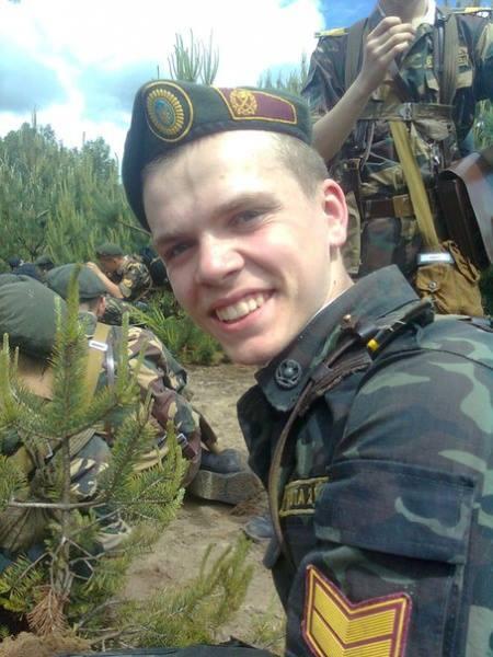 """Герої та """"герої"""": Чи потрібне Устиму Голоднюку звання Героя України як в священика Жара - фото 1"""