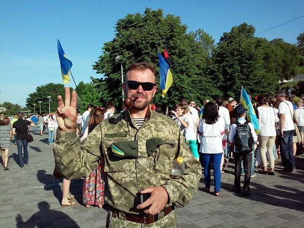 Справжні солдати. Віктор Суходольський: В моєму Саду Небесної Сотні зустрічатимуться бойові побратими - фото 8