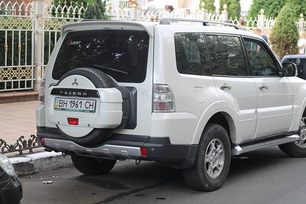 """Як """"чесні"""" прокурори Одещини добирались на тестування на дорогих автівках - фото 12"""