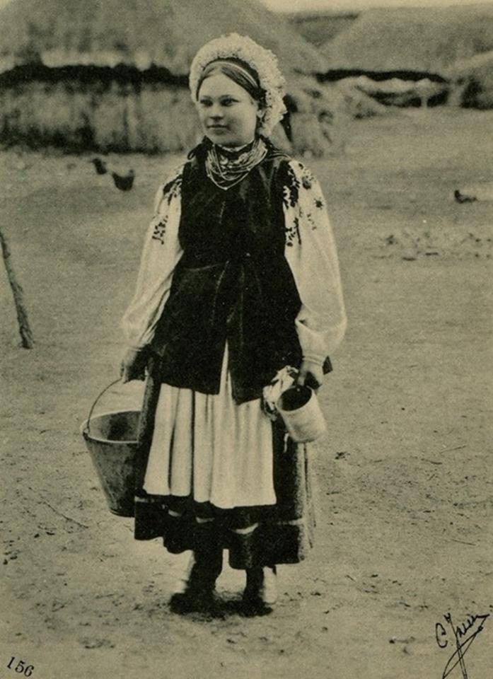 Як одягалися українські модниці 100 років тому - фото 13