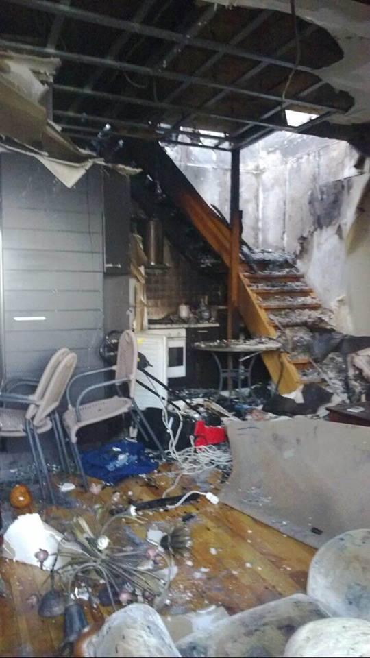 """Екс-""""регіонал"""" Олійник звинуватив Порошенка у підпалі будинку свого сина - фото 2"""
