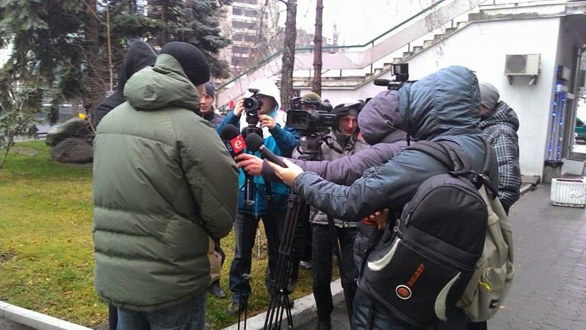 Підприємці вимагають люструвати одесько-херсонського митника часів Януковича - фото 4
