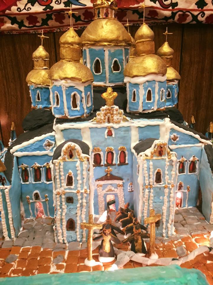 Дружина американського дипломата зробила Михайлівський собор з печива - фото 4