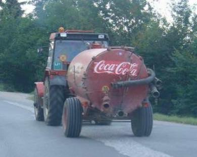 Українці продовжують стібатися з Coca Cola, яка не знає, чий Крим (ФОТОЖАБИ) - фото 6