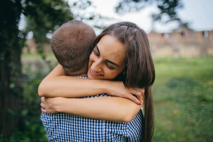 Якими бувають обійми і як правильно ними користатися - фото 4
