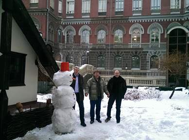 Серед працівників НБУ оголосили конкурс на кращу снігову бабу - фото 2