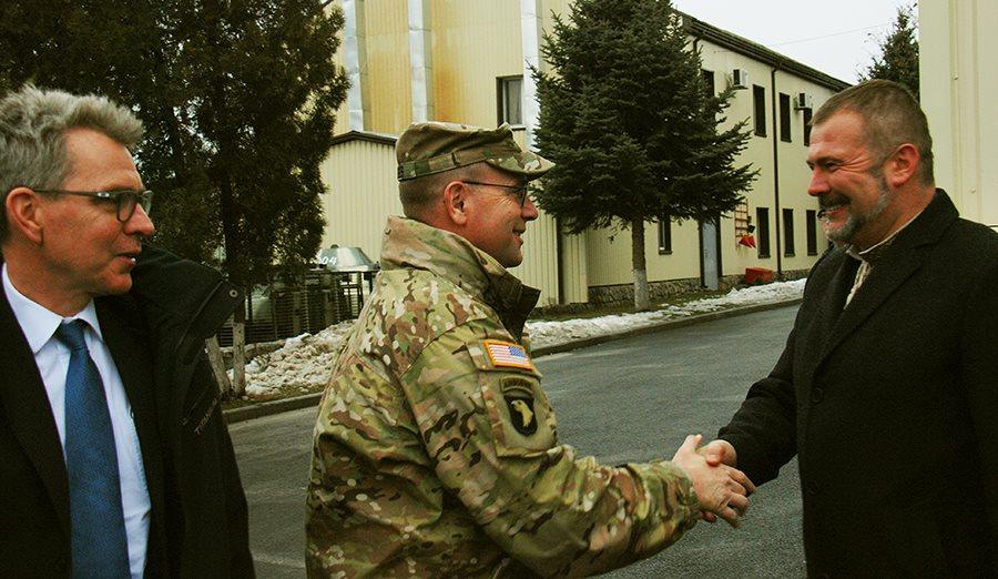 """Посол та генерал армії США були вражені відвідавши полк """"Дніпро-1"""" (ФОТО) - фото 5"""