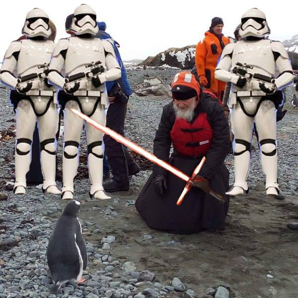 Як Гундяєв пінгвінів в Антарктиді хрестив (ФОТОЖАБИ) - фото 13