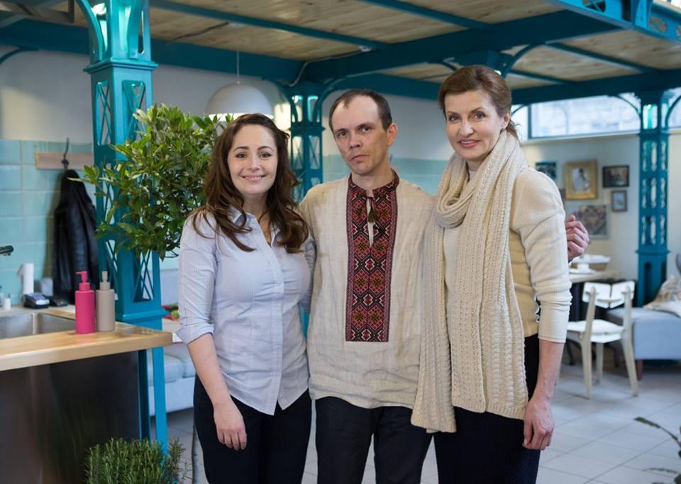 Марина Порошенко сходила на каву з хлопцем з ДЦП - фото 2
