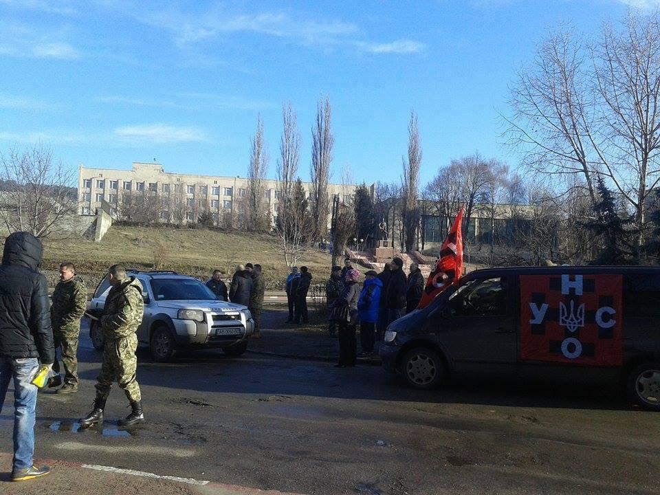 На Вінниччині розпочали блокаду російських вантажівок - фото 1