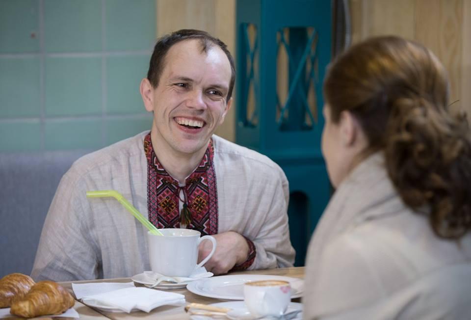 Марина Порошенко сходила на каву з хлопцем з ДЦП - фото 6