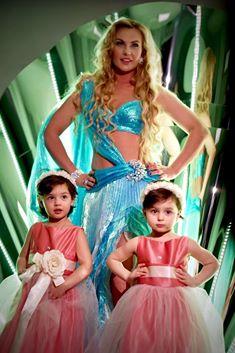 YUNA-2016: Камалія стала богинею та показала своїх близнючок  - фото 1