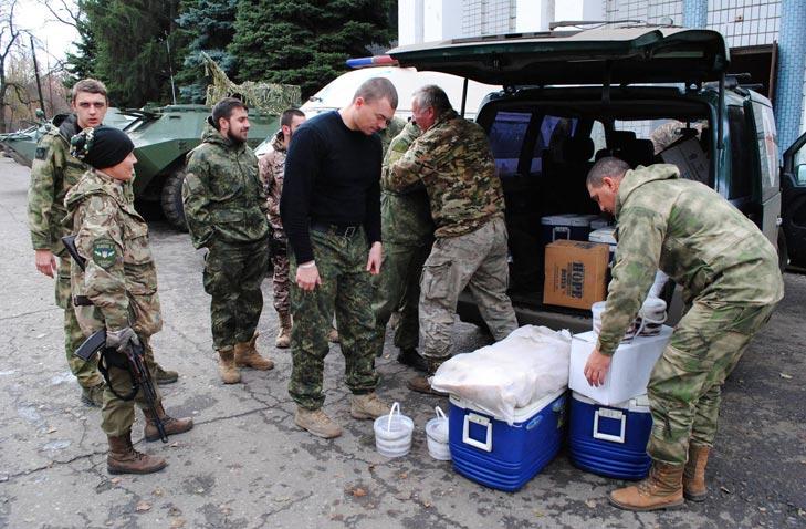 Священик-місіонер про бійців, які засилають волонтерів у Донецьк, та підпілля патріотів - фото 3