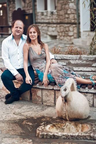 """Лідер """"ТІКу"""" Бронюк опублікував романтичну фотосесію з дружиною - фото 6"""