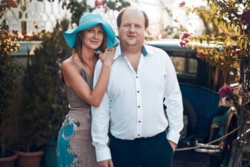 """Лідер """"ТІКу"""" Бронюк опублікував романтичну фотосесію з дружиною - фото 8"""