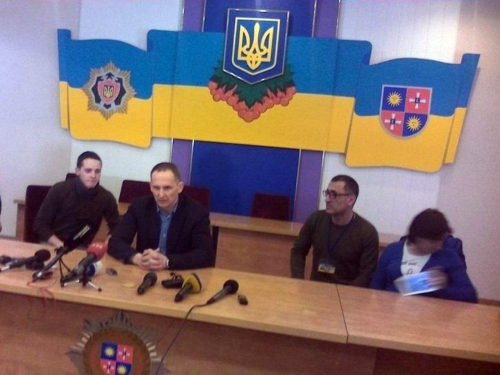 Шеф вінницької нацполіції Шевцов вийшов поговорити з автомайданівцями - фото 1