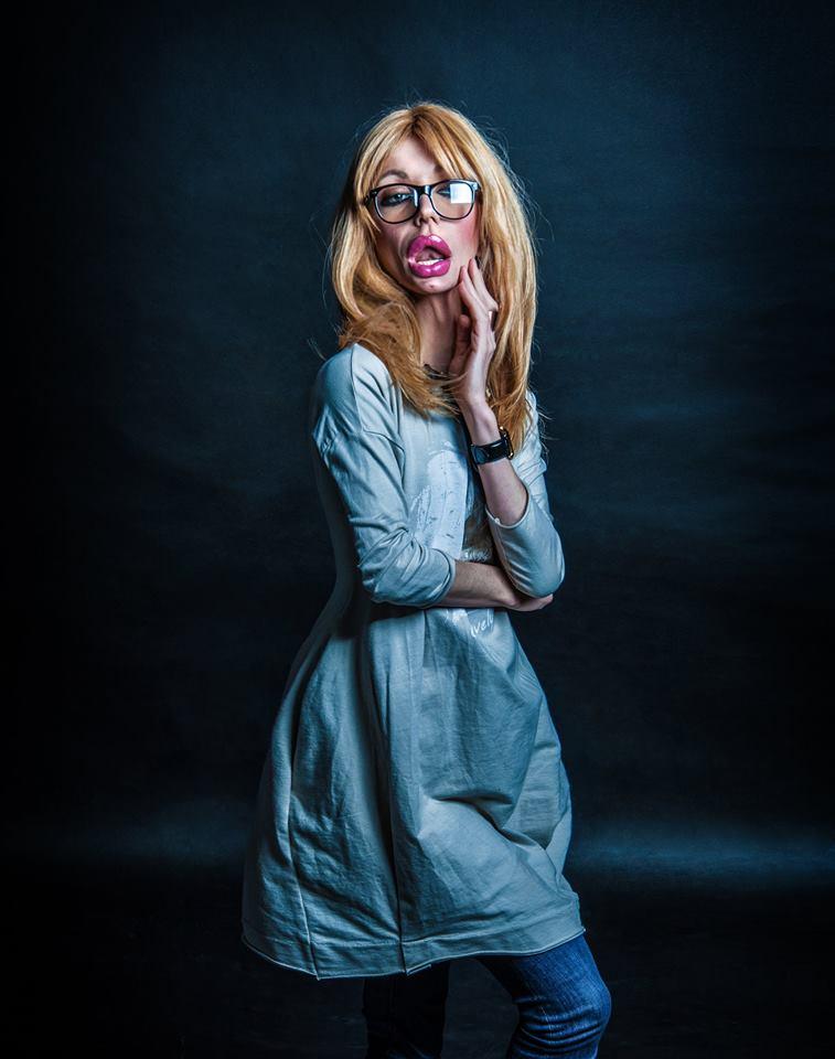 Монро показала, як виглядають жінки зі збільшеними губами  - фото 1