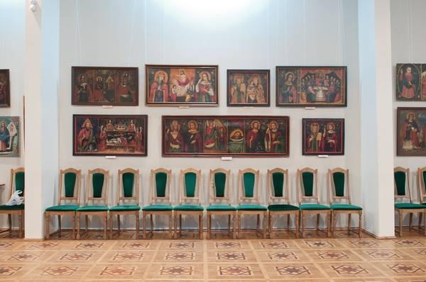 """Вінницьких художник """"переплюнув"""" Ющенка в колекціонуванні ікон - фото 8"""