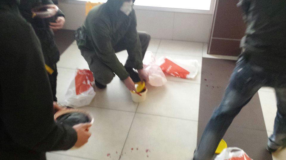 """Приймальну телеканалу Ахметова залили кров'ю за серіал про """"Л/ДНР"""" - фото 2"""